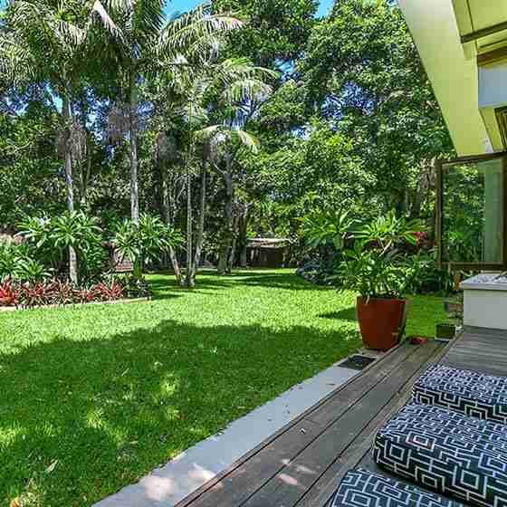 byron bay couples retreat Luxury Beachfront Accommodation Outdoor Living