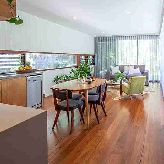 byron bay luxury accommodation for couples Byron Beach Retreats Private Bungalow Dinning