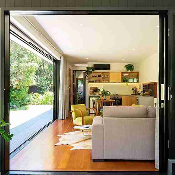 boutique accommodation byron bayByron Beach Retreats Private Bungalow