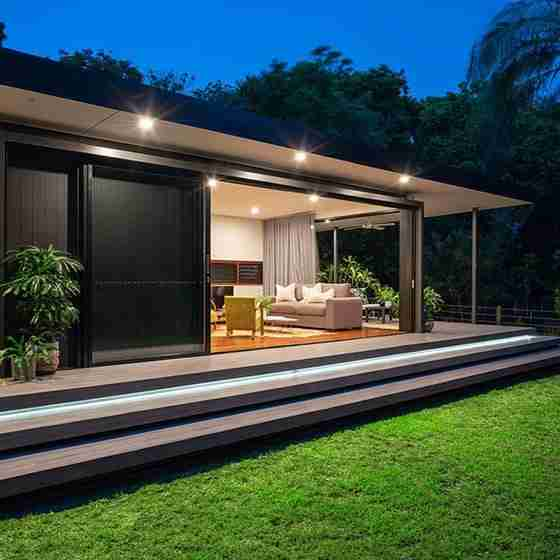 luxury beach houses byron bayByron Beach Retreats Private Bungalow Steps and Deck
